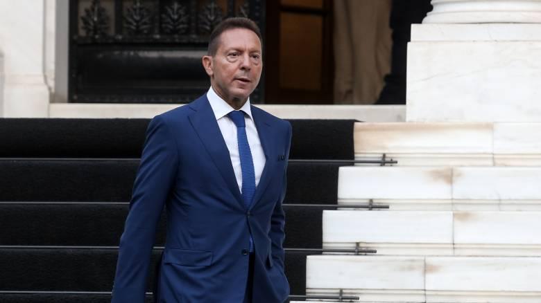 Ψήφος εμπιστοσύνης από κυβέρνηση - ΕΚΤ η ανανέωση της θητείας του Γιάννη Στουρνάρα