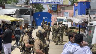 Τραγική μέρα στο Αφγανιστάν: Διπλή φονική επίθεση σε μαιευτήριο και κηδεία