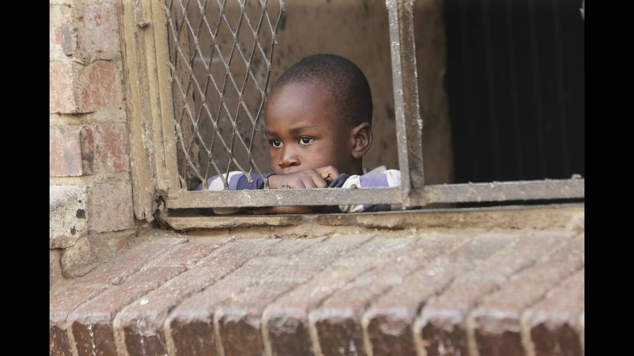 https://cdn.cnngreece.gr/media/news/2020/05/12/219039/photos/snapshot/africa-12.jpg