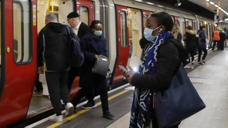Κορωνοϊός - Βρετανία: Έως τέλη Οκτωβρίου οι αποζημιώσεις εργαζομένων σε αναγκαστική άδεια
