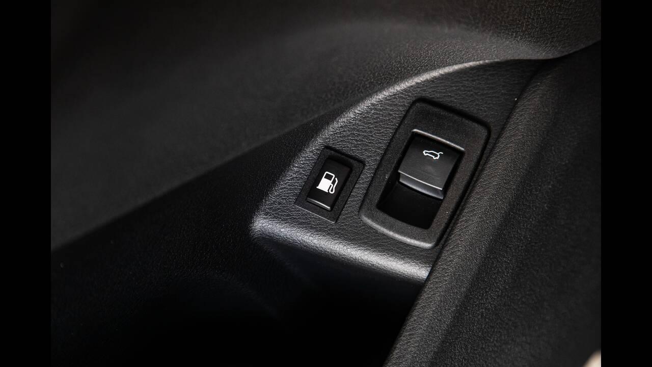 https://cdn.cnngreece.gr/media/news/2020/05/13/219177/photos/snapshot/BMW-X1-xDRIVE25e-11.jpg