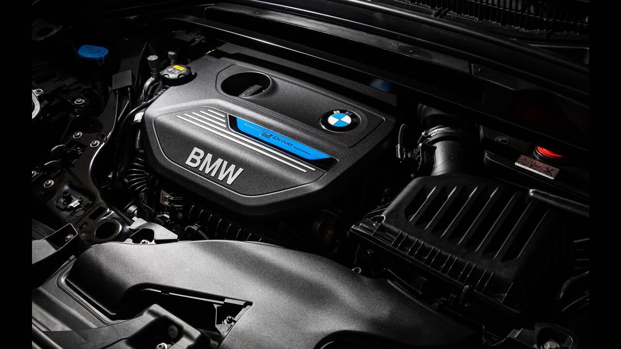 https://cdn.cnngreece.gr/media/news/2020/05/13/219177/photos/snapshot/BMW-X1-xDRIVE25e-12.jpg