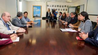 ΣΥΡΙΖΑ: Μετωπική με Κεραμέως σε τρία πεδία
