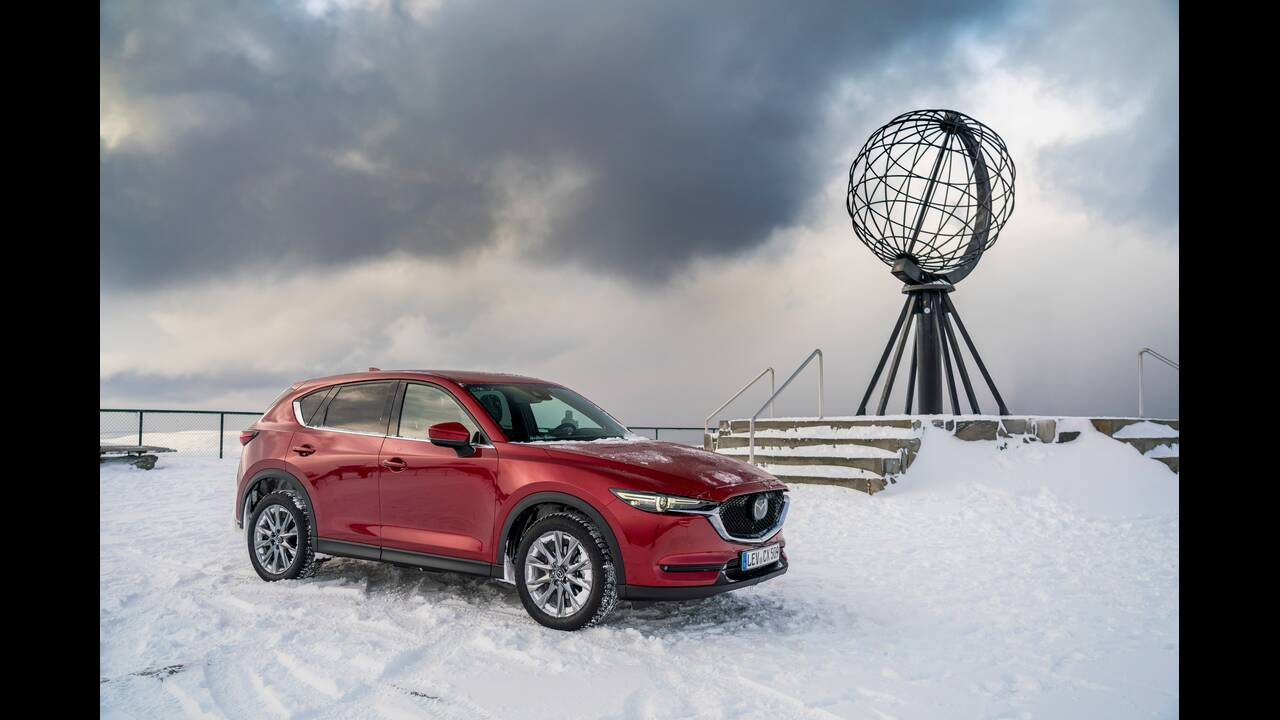 https://cdn.cnngreece.gr/media/news/2020/05/13/219230/photos/snapshot/2019-Mazda-CX-5_Epic-Drive_Static_10.jpg