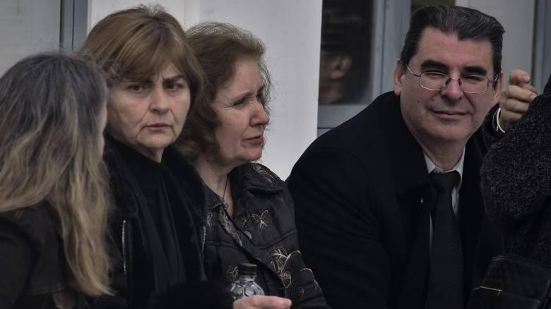 Υπόθεση Τοπαλούδη: Συγκλονίζει ο πατέρας - «Έκλαιγα με λυγμούς όσο αγόρευε η εισαγγελέας»