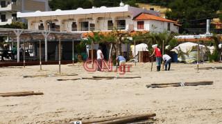 Άρση μέτρων - Ρεπορτάζ CNN Greece: «Πυρετώδεις» προετοιμασίες για το άνοιγμα των παραλιών
