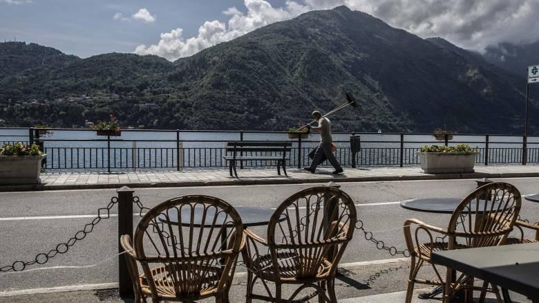 Η ιταλική κυβέρνηση διαθέτει 2,4 δισ. ευρώ για το «μπόνους διακοπών»