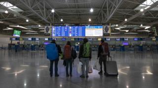 Άρση μέτρων: Η κυβέρνηση αποφασίζει για τα υγειονομικά πρωτόκολλα στα μέσα μεταφοράς