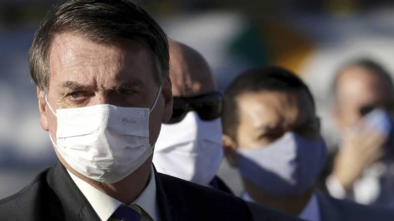 Βραζιλία: Νέο ρεκόρ θανάτων ενώ ο Μπολσονάρου λέει στους επιχειρηματίες να αγνοήσουν το lockdown