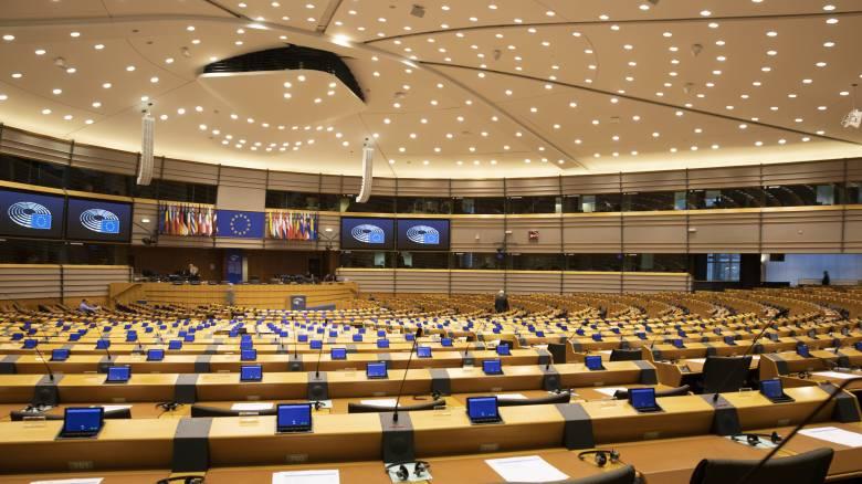 Κορωνοϊός: Επιβολή κυρώσεων και διακοπή χρηματοδότησης στην Ουγγαρία ζητά το Ευρωκοινοβούλιο