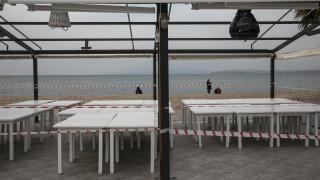 «Πράσινο φως» λοιμωξιολόγων για το άνοιγμα εστιατορίων και καφέ στις 25 Μαΐου