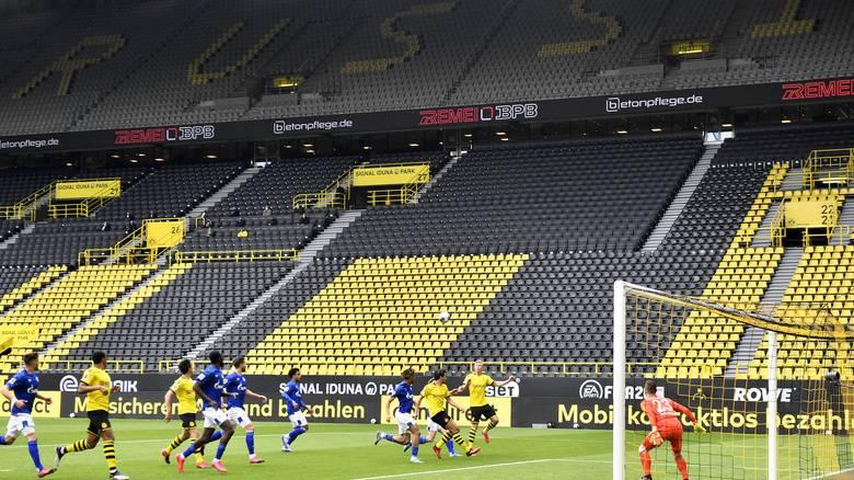 Επέστρεψε η Bundesliga: Πρωτόγνωρες εικόνες για το ποδόσφαιρο - Άδεια γήπεδα και μέτρα ασφαλείας