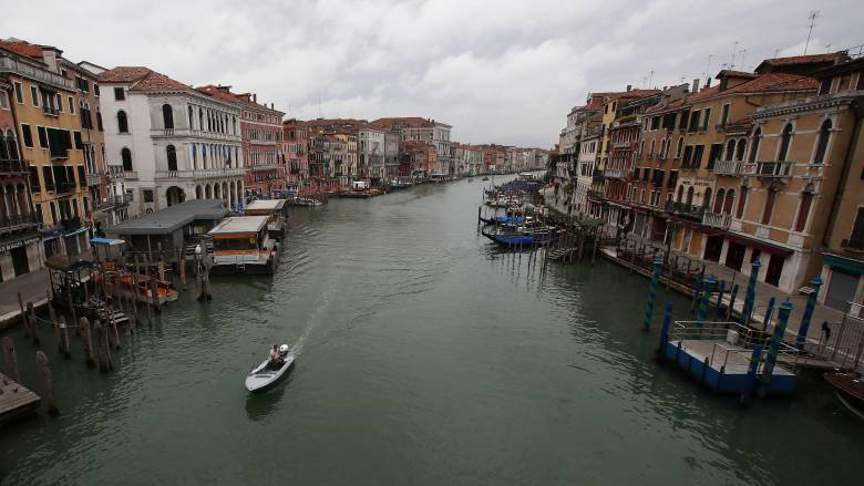Κορωνοϊός: Νέα χαλάρωση μέτρων από τη Δευτέρα στην Ιταλία - Κόντε: «Τα 55 δισ. δεν αρκούν»
