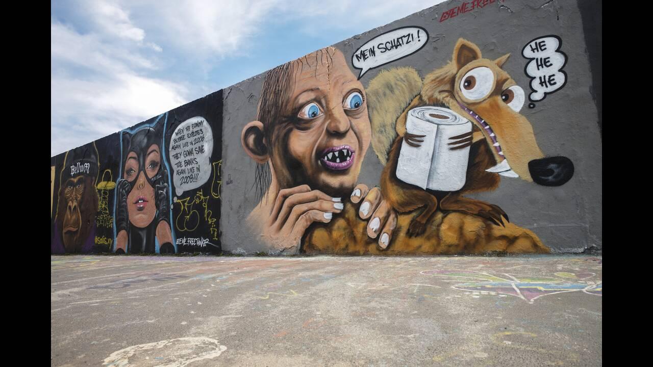 https://cdn.cnngreece.gr/media/news/2020/05/17/219660/photos/snapshot/graffiti_coronavirus-11.jpg