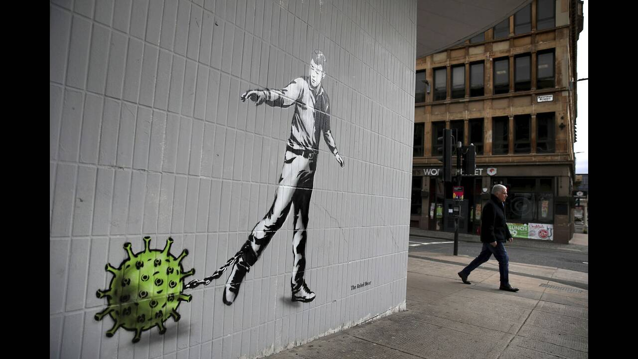 https://cdn.cnngreece.gr/media/news/2020/05/17/219660/photos/snapshot/graffiti_virus-5.jpg