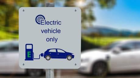 Έρχεται πρόγραμμα επιδότησης αγοράς ηλεκτροκίνητων αυτοκινήτων
