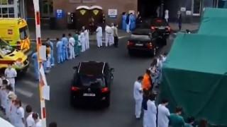 Βέλγιο: Νοσηλευτές γύρισαν την πλάτη στην πρωθυπουργό ως ένδειξη διαμαρτυρίας