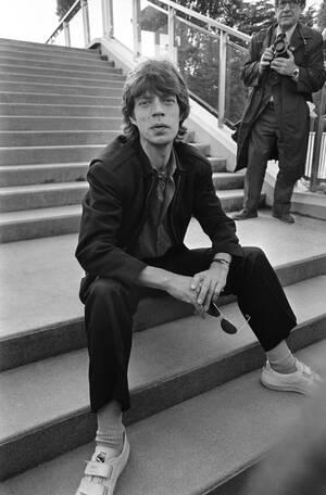 1982, Παρίσι. Ο Μικ Τζάγκερ στο Παρίσι, κατά τη διάρκεια της πανευρωπαϊκής περιοδείας των Rolling Stones.