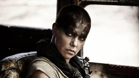Σαρλίζ Θερόν: Οι προσωπικές της φωτογραφίες από το Mad Max - Δεν θα πρωταγωνιστήσει στο prequel