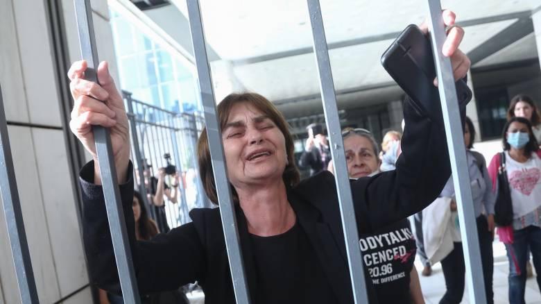 «Ντρέπομαι που γεννήθηκα Ελληνίδα σ'αυτή τη χώρα που με προδίδει»: Ξεσπά η μητέρα της Τοπαλούδη