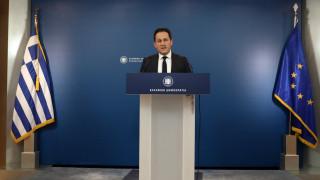Πέτσας στο CNN Greece: Ανακοινώνεται συνεκτικό σχέδιο για φορολογία, εργασία, ρευστότητα