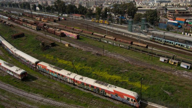 Κορωνοϊός: Πώς ταξιδεύουμε με αεροπλάνα, τρένα, λεωφορεία
