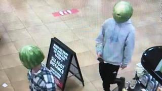 Το τέλειο έγκλημα γίνεται με... καρπούζι στο κεφάλι: Απίστευτοι ληστές στη Βιρτζίνια