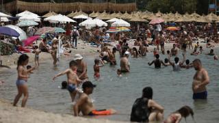 Καιρός: Πού οφείλεται η ακραία θερμή εισβολή στην Ελλάδα;