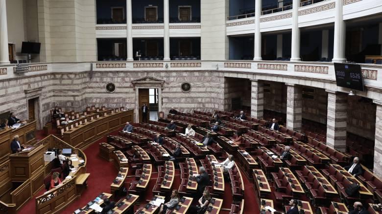 Προκαταρκτική για Παπαγγελόπουλο: Σε υψηλούς τόνους η συζήτηση στη Βουλή