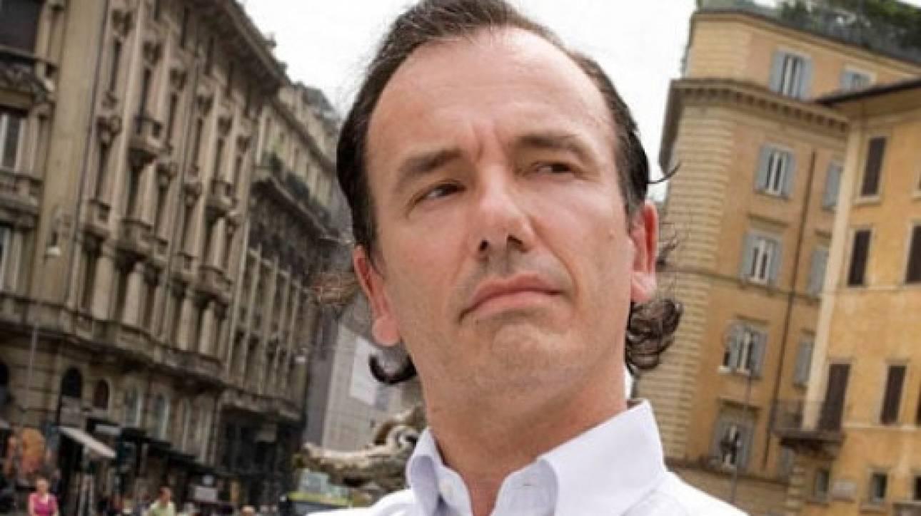 Τομάσο Ντε Μπενεντέτι: Ποιος είναι ο Ιταλός φαρσέρ που αναστατώνει με τους «θανάτους» του