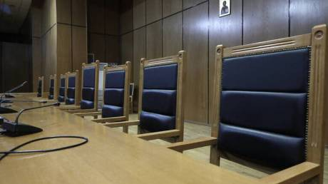 Βόλος: Αυτοτραυματίστηκε μέσα στο δικαστήριο όταν άκουσε την απόφαση του ανακριτή