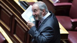 Βουλή: Ένας «διαφορετικός» Κώστας Καραμανλής μετά την καραντίνα