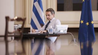 Γιατί ο Κυριάκος Μητσοτάκης προανήγγειλε γενναία μείωση προκαταβολής φόρου