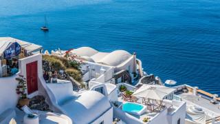 Τόνωση στον τουρισμό με πεντάμηνη μείωση του ΦΠΑ – Ποια προϊόντα και υπηρεσίες αφορά