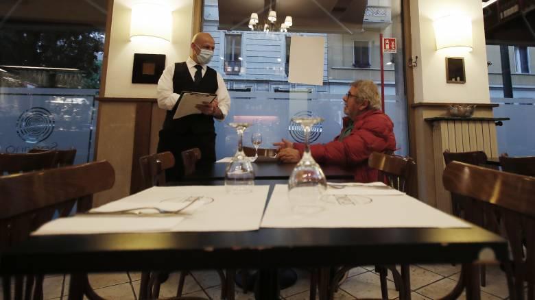 Κορωνοϊός - Ιταλία: Τέλος τα χάρτινα μενού στα εστιατόρια