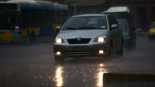Καιρός: Βροχές, καταιγίδες και χαλαζοπτώσεις σήμερα