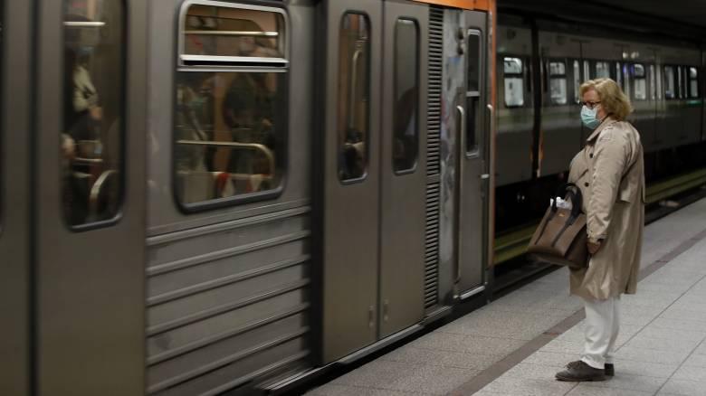 Μείωση ΦΠΑ στις μεταφορές: Τι αλλάζει στις τιμές εισιτηρίων σε μετρό, τρένα και ακτοπλοϊκά