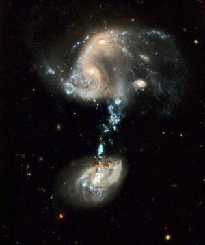 Interacting Galaxy Group Arp 194 (2009)