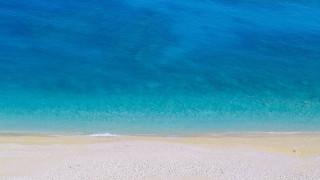 Αυτές είναι οι παραλίες με Γαλάζια Σημαία στην Αττική
