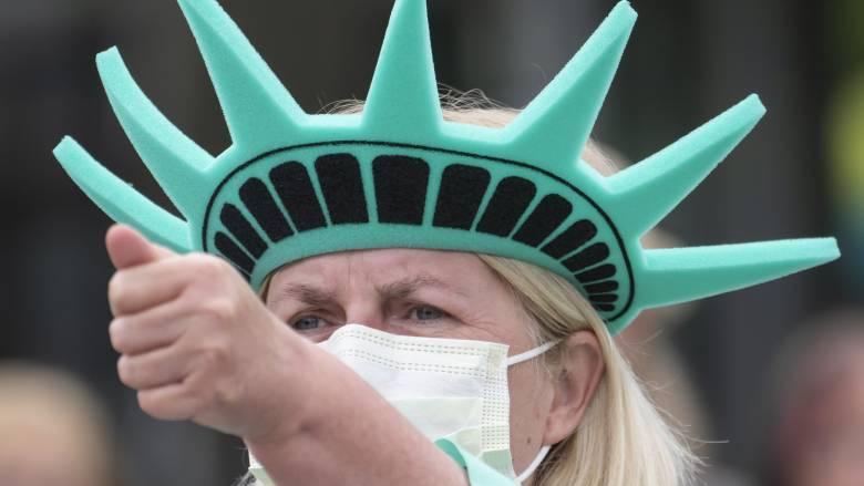 Τραγωδία δίχως τέλος στις ΗΠΑ: Άλλοι 1.255 θάνατοι, 94.661 νεκροί συνολικά