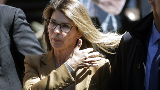 Ένοχη δήλωσε η ηθοποιός Λόρι Λάφλιν – Δωροδόκησε για να μπουν οι κόρες της σε πανεπιστήμιο
