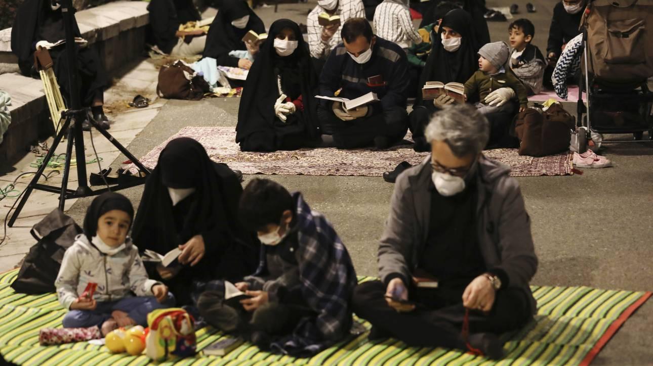 Ιράν - Ροχανί: Ξανανοίγουν χώροι λατρείας και μουσεία