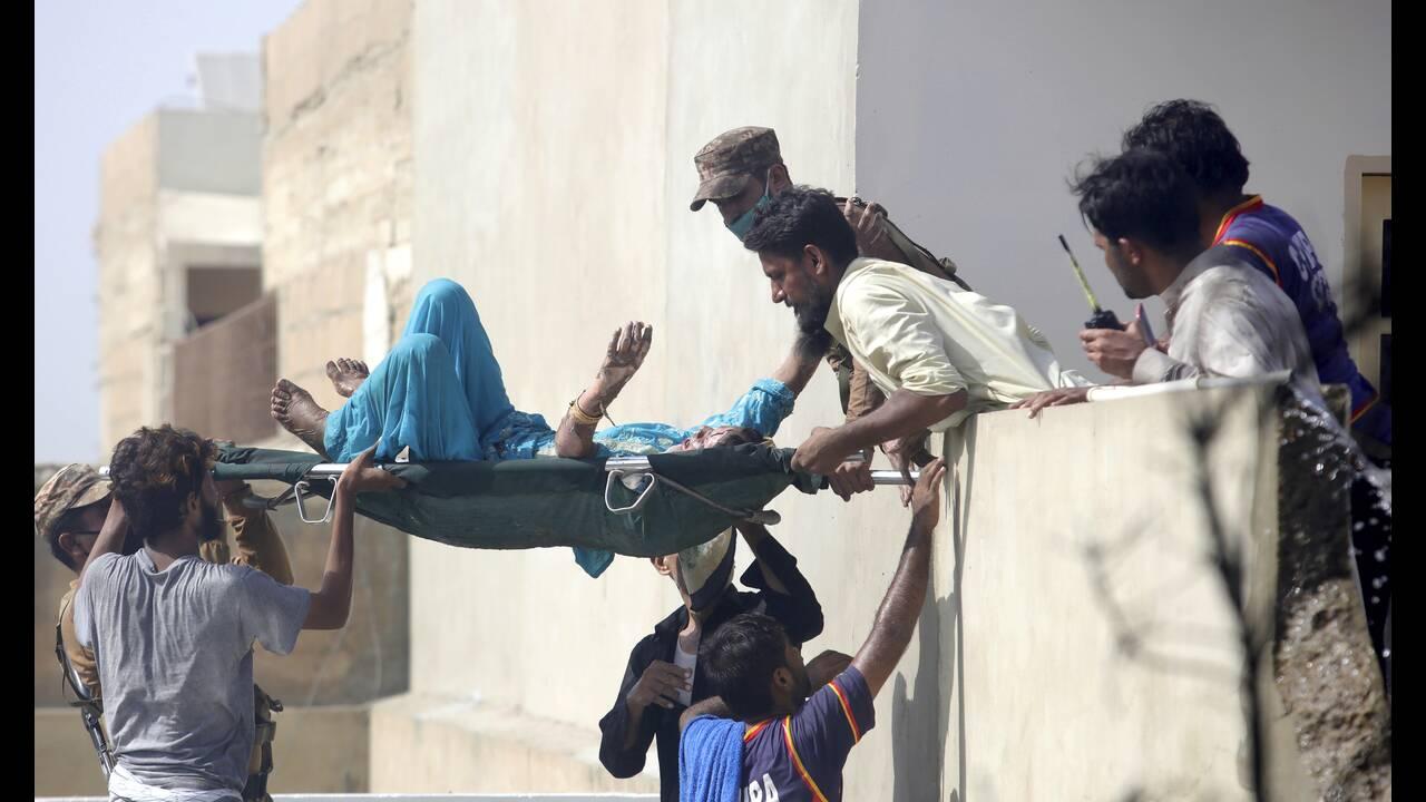 https://cdn.cnngreece.gr/media/news/2020/05/23/220482/photos/snapshot/tragodia-pakistan-1.jpg