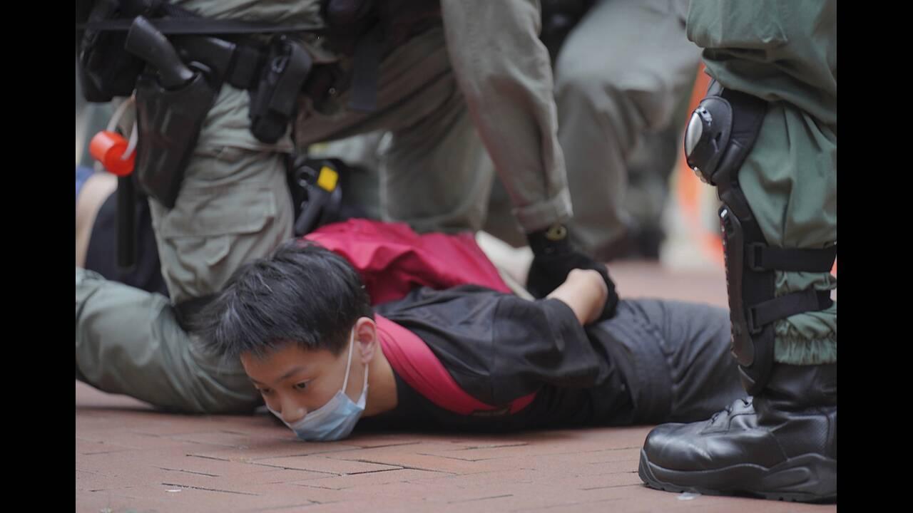 https://cdn.cnngreece.gr/media/news/2020/05/24/220579/photos/snapshot/hong-kong-11.jpg