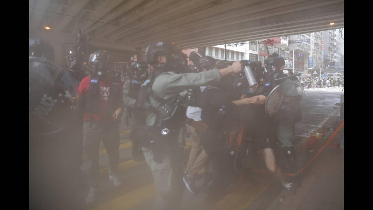 https://cdn.cnngreece.gr/media/news/2020/05/24/220579/photos/snapshot/hong-kong-5.jpg