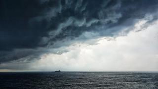 Καιρός: Κακοκαιρία με βροχές, καταιγίδες και πτώση της θερμοκρασίας τη Δευτέρα