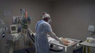 Κορωνοιός - AFP: Ξεπέρασαν τους 343.000 οι νεκροί σε όλο τον πλανήτη