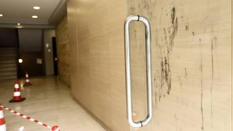 Επίθεση με βιτριόλι: Η μελαχρινή γυναίκα και οι ύποπτες κινήσεις της - H μαρτυρία πρώην αστυνομικού