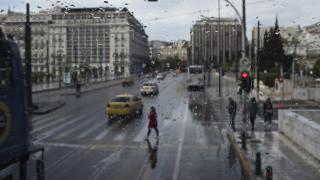 Καιρός: «Χαλάει» από σήμερα το μεσημέρι - Βροχές, καταιγίδες και πτώση θερμοκρασίας