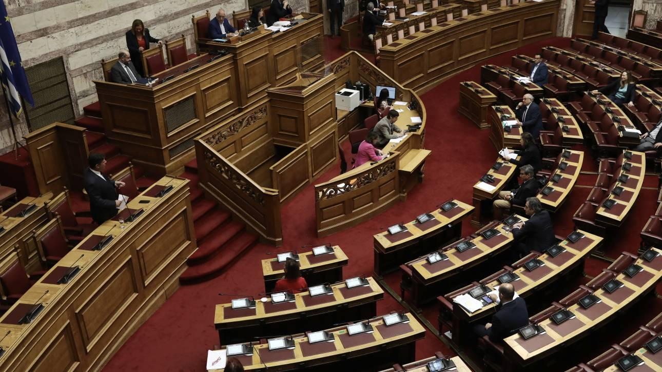 Κορωνοϊός: Δειγματοληπτικός έλεγχος στη Βουλή - Κανένα θετικό κρούσμα